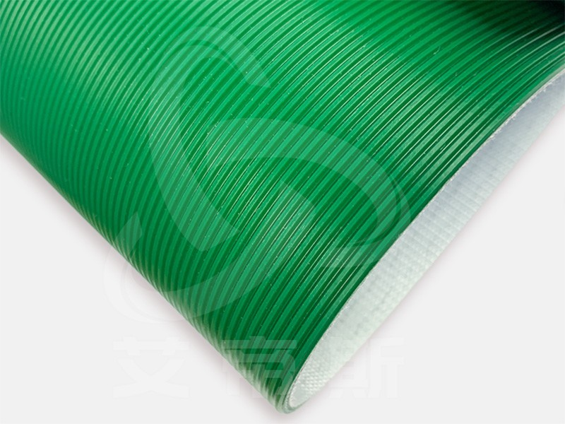 绿色直条纹输送带